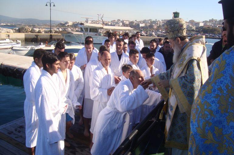 Λαμπρός ο εορτασμός των Θεοφανείων στην Ι. Μ. Κορίνθου (ΦΩΤΟ)