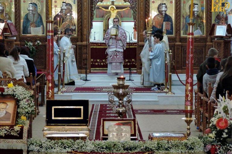 Αρχιερατική Θεία Λειτουργία για μαθητές στην Άρτα (ΦΩΤΟ)