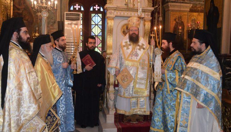 Κυριακή μετά των Φώτων στον Ι. Ναό του Αγίου Μηνά Σαλαμίνος (ΦΩΤΟ)