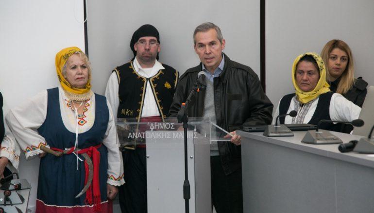"""Οι Αρχές και το ποίμνιο της Μάνης """"ψηφίζουν"""" Συμεών Λαμπρινάκο (ΦΩΤΟ)"""