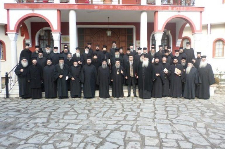 Ιερατική Σύναξη στην Ι. Μητρόπολη Ιερισσού (ΦΩΤΟ – ΒΙΝΤΕΟ)
