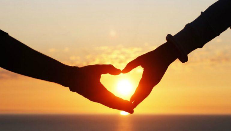 """""""Τι είναι η αγάπη; """" του Καθηγουμένου της Ι. Μονής Εσφιγμένου"""