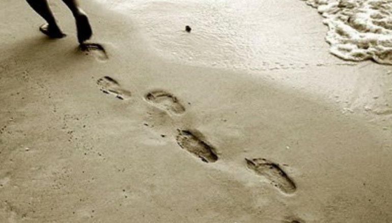 """""""Πατημασιές στην άμμο"""" του Καθηγουμένου της Ι. Μ. Εσφιγμένου"""
