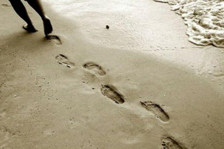 «Πατημασιές στην άμμο» του Καθηγουμένου της Ι. Μ. Εσφιγμένου