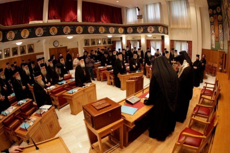 Εκκλησία της Ελλάδος: Μάχη διαδοχής σε φόντο «μακεδονικό»