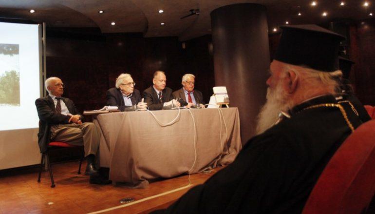 Ο Αρχιεπίσκοπος στην παρουσίαση του βιβλίου «Πέτρος Φουρίκης» (ΦΩΤΟ)