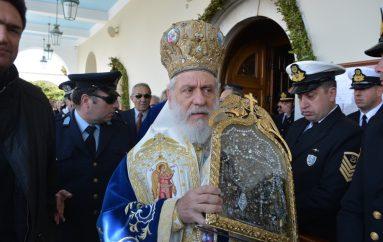 Λαμπρός ο εορτασμός της Μεγαλόχαρης στην Τήνο (ΦΩΤΟ)