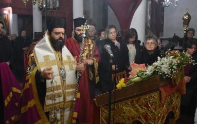 Οι Β΄ Χαιρετισμοί στην Ι. Μητρόπολη Μαρωνείας (ΦΩΤΟ)