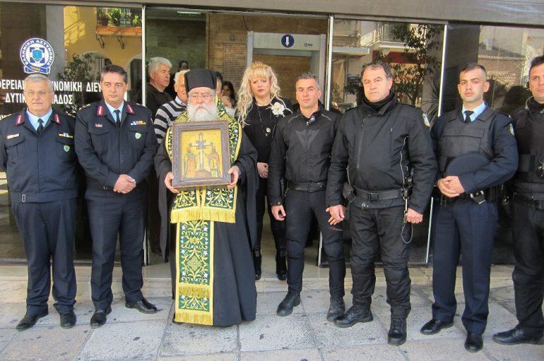 Στη Γεν. Αστυνομική Διεύθυνση Στερεάς Ελλάδος το Τίμιο Ξύλο (ΦΩΤΟ)