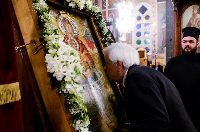 Ο Πρόεδρος της Δημοκρατίας προσκυνητής της Παναγίας (ΦΩΤΟ)