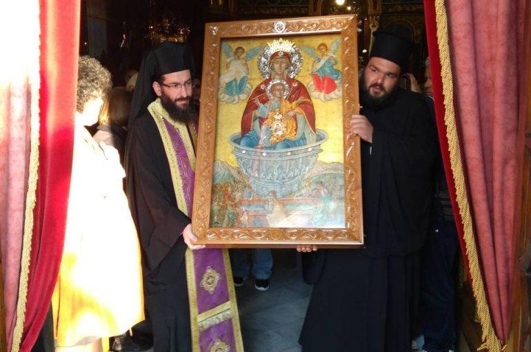 Αναχώρησε η Παναγία Πεταλιδιώτισσα από την Καλαμάτα (ΦΩΤΟ)
