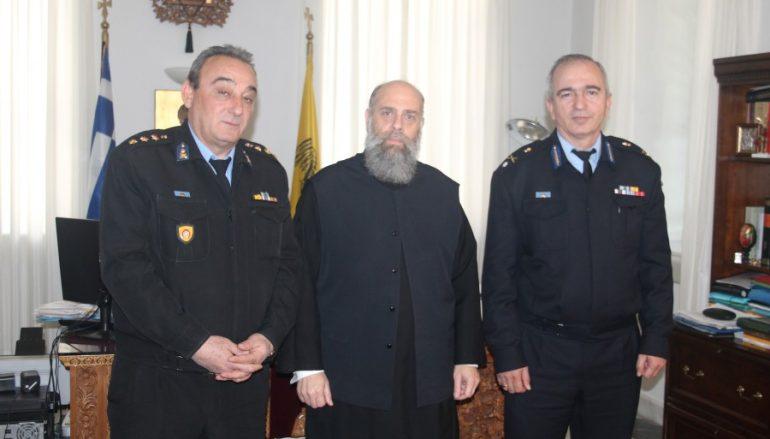 Στον Μητροπολίτη Θεσσαλιώτιδος ο νέος Δ/της Πυροσβεστικών Υπηρ. Θεσσαλίας