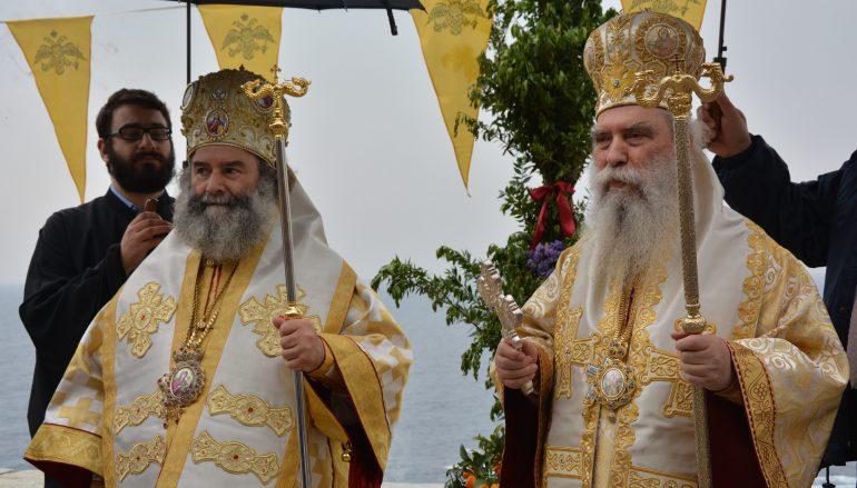 Η Μονεμβασία υποκλίθηκε στη χάρη της Παναγίας Χρυσαφίτισσας (ΦΩΤΟ)