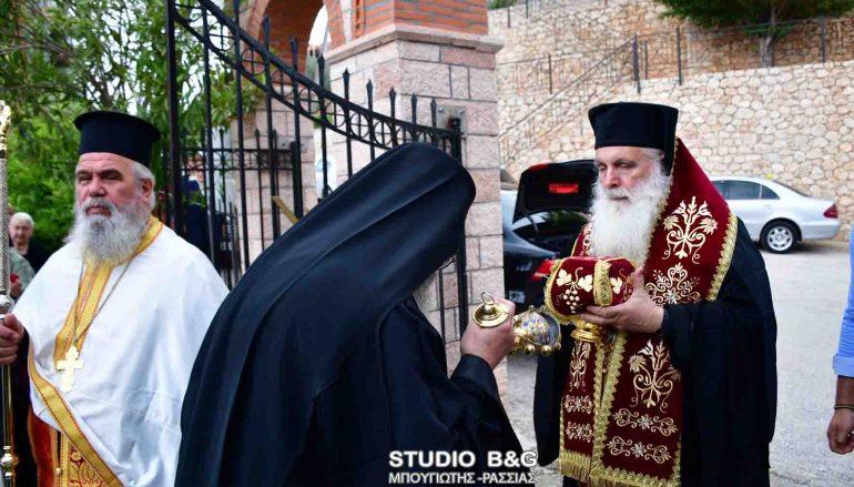 Εσπερινός Εγκαινίων Ναού των Αγ. Πορφύριου και Παΐσιου την Αργολίδα (ΦΩΤΟ)