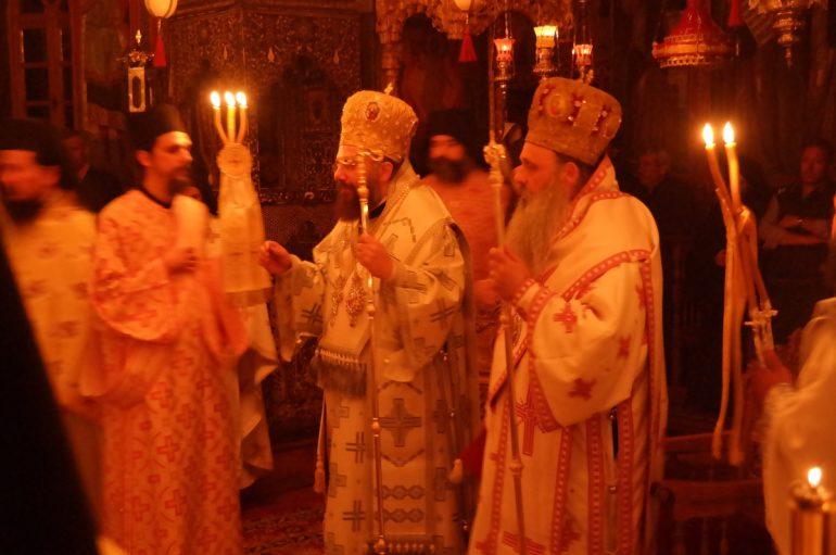 Δισαρχιερατική Αγρυπνία στην Ι. Μονή Μεγάλου Μετεώρου (ΦΩΤΟ)