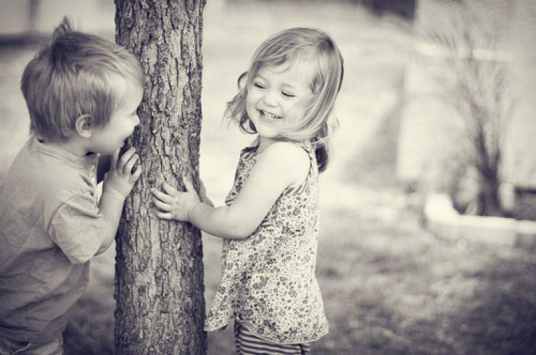 Περί υιοθεσίας παιδιών από ομοφυλόφιλα ζευγάρια