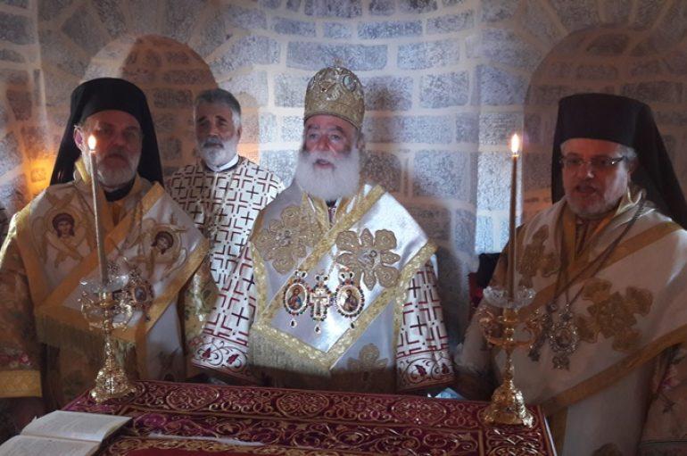 Εγκαίνια Ναού από τον Πατριάρχη Αλεξανδρείας στο Άγιον Όρος (ΦΩΤΟ)