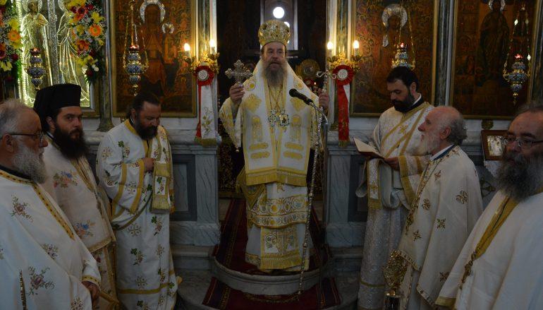 Ο Μητροπολίτης Ιερισσού στον Ι. Ναό Αγ. Κωνσταντίνου και Ελένης Τρίπολης