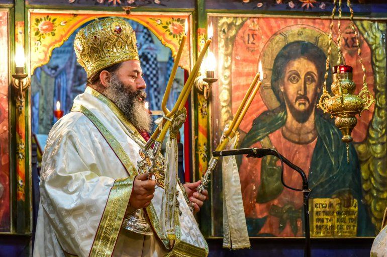 Αρχιερατική Θ. Λειτουργία στον Ι. Ν. Αγίου Αθανασίου Χωρούδας (ΦΩΤΟ)