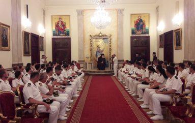 Αξιωματικοί του Πολεμικού Ναυτικού στον Πατριάρχη Αλεξανδρείας (ΦΩΤΟ)