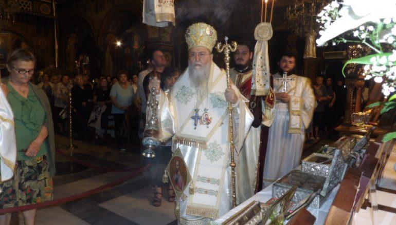 Ιερά Αγρυπνία πάντων των Αγ. Αποστόλων στην Ι. Μ. Κορίνθου (ΦΩΤΟ)