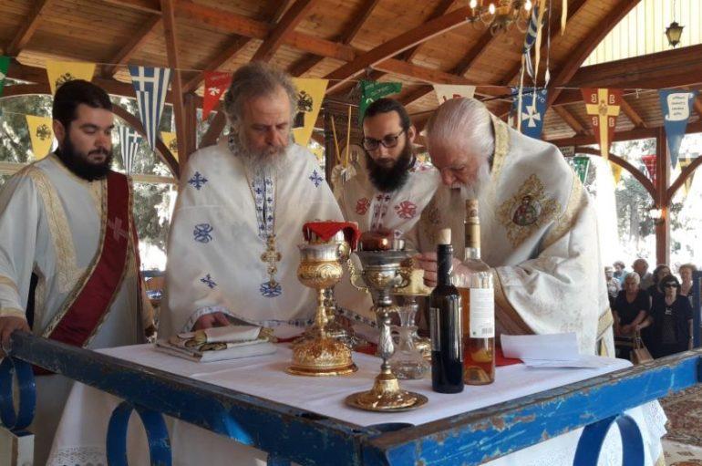 Ο εορτασμός των Αγίων Πάντων στο κοιμητήριο Αιγίου (ΦΩΤΟ)