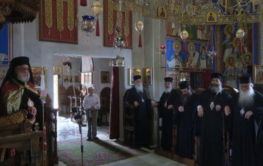 Ο Αρχιεπίσκοπος και τα Μέλη της Δ.Ι.Σ. στην Ι. Μ. Οσίου Συμεών Νέας Μάκρης