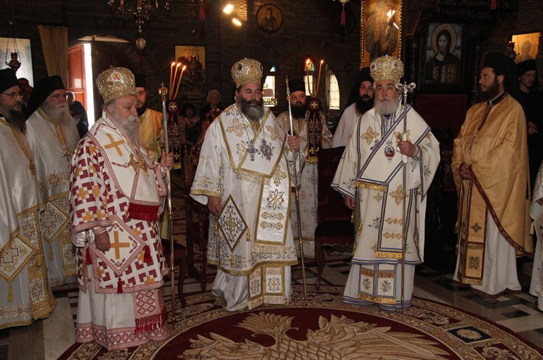 Με λαμπρότητα η εορτή του Αγίου Αυγουστίνου στο Τρίκορφο Φωκίδος (ΦΩΤΟ)