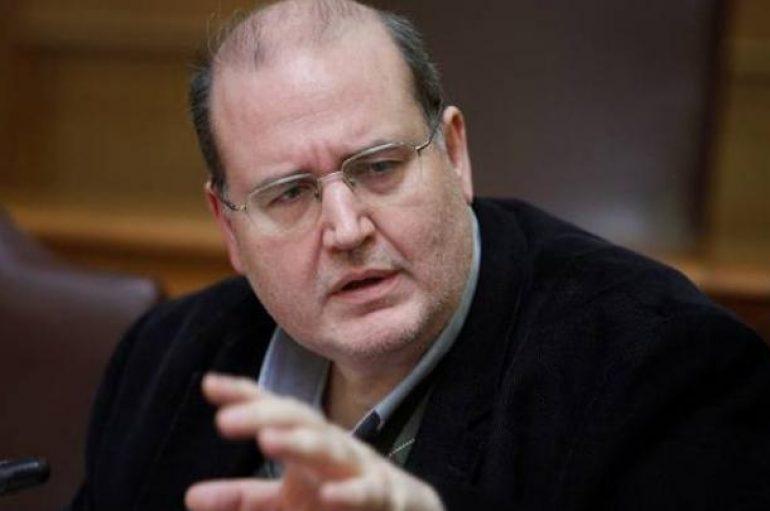 Φίλης: Πολλοί ιεράρχες στην Ελλάδα διακατέχονται από «χομεϊνισμό»