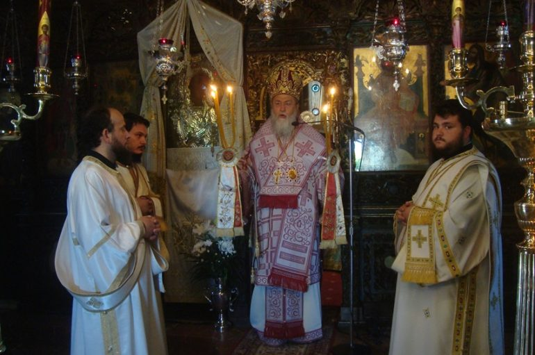 Η εορτή της Κοιμήσεως της Αγίας Άννης στην Ι. Μ. Κορίνθου (ΦΩΤΟ)