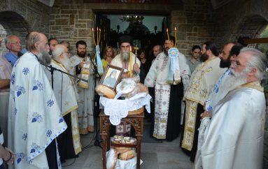 Εσπερινός του Αγ. Παϊσίου στην Ι. Μονή Θεοτοκιού Άρτης (ΦΩΤΟ)