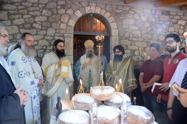 Η εορτή της Αγίας Παρασκευής στην Ι. Μ. Πατρών (ΦΩΤΟ)