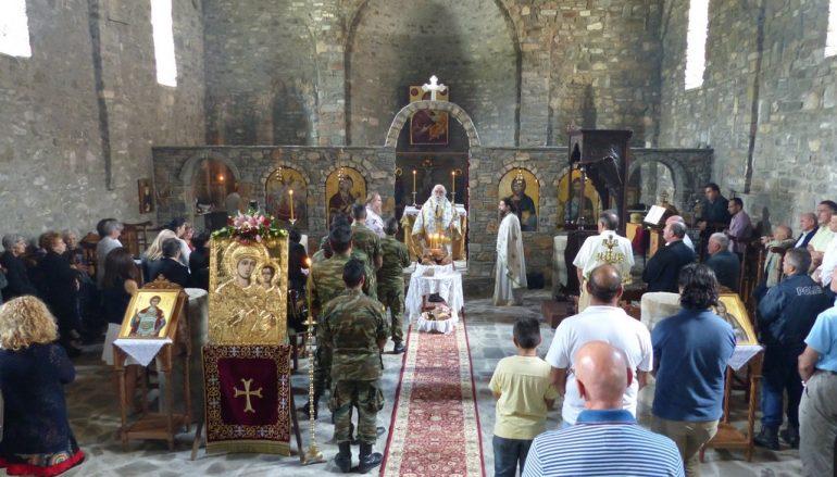 Αρχιερατική Θ. Λειτουργία στη Μητρόπολη του βλαχόφωνου Ελληνισμού (ΦΩΤΟ)