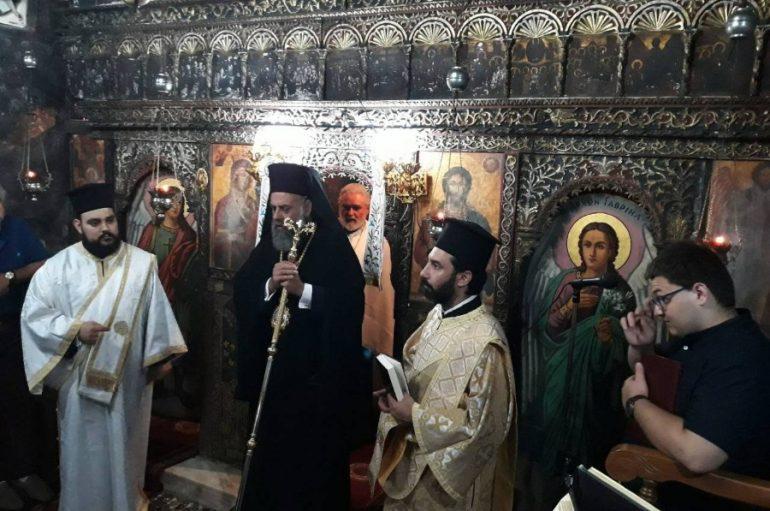 Παρακλητικός Κανών από τον Μητροπολίτη Θεσσαλιώτιδος (ΦΩΤΟ)