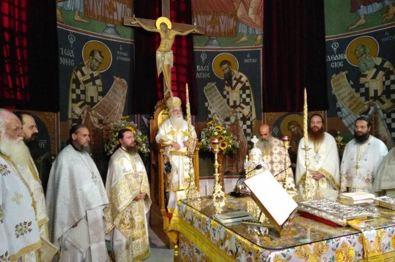 Η εορτή της Μεταμορφώσεως σε Λάρισα και Βόλο (ΦΩΤΟ)