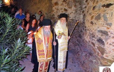 Με λαμπρότητα πανηγύρισε η Ιερά Μονή Ζερμπίτσας στον Ταΰγετο (ΦΩΤΟ)