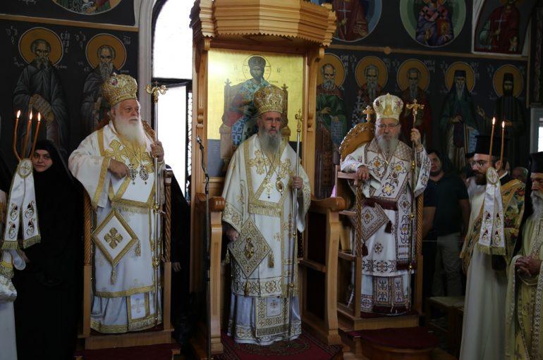 Με λαμπρότητα εορτάσθηκε ο Άγιος Κοσμάς ο Αιτωλός στη γενέτειρά του (ΦΩΤΟ)