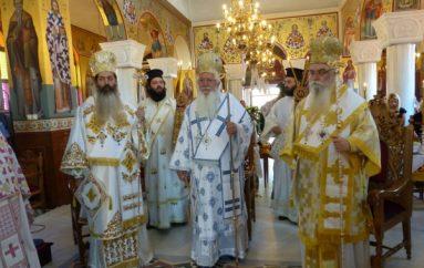 Λαμπρό Αρχιερατικό συλλείτουργο για τον Άγιο Νικάνορα στην Καστοριά (ΦΩΤΟ)