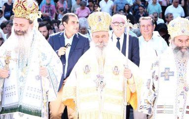 Εορτή ανακομιδής ιερών λειψάνων του Αγ. Νεκταρίου στην Αίγινα (ΦΩΤΟ)