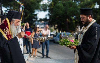 Η Λαμία υποδέχθηκε το Λείψανο του Προστάτου της Αγ. Αποστόλου Λουκά (ΦΩΤΟ)