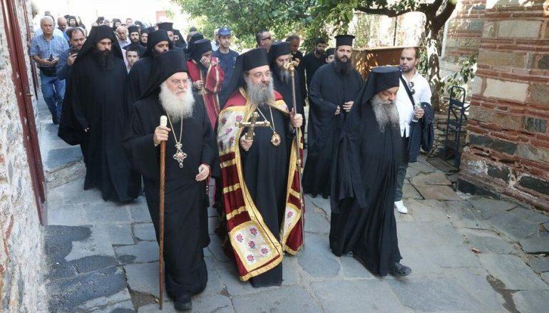 Ο Μητροπολίτης Πατρών στην Ι.Μ.Μ. Βατοπαιδίου για την εορτή της Αγίας Ζώνης