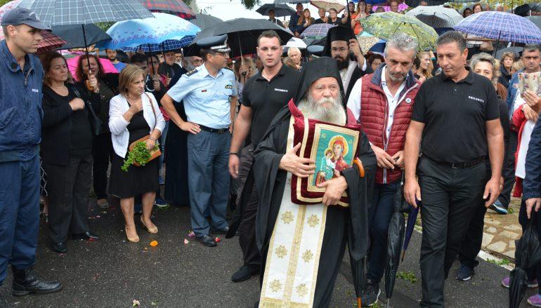 Λαοθάλασσα πιστών ξεπροβόδισε την Παναγία Βουλκανιώτισσα στη Μεσσήνη (ΦΩΤΟ)