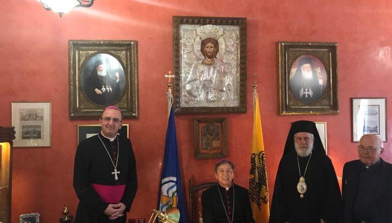 Επίσκεψη του Αποστολικού Νούντσιου στον Μητροπολίτη Σύρου (ΦΩΤΟ)