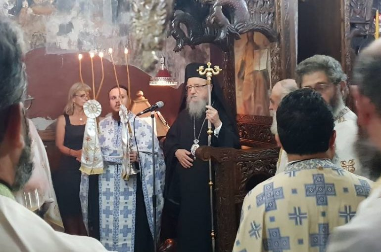 Αρχιερατικός Εσπερινός στην Ι. Μονή Γενεσίου της Θεοτόκου Ρέθα Βάλτου (ΦΩΤΟ)