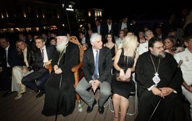Ο Αρχιεπίσκοπος στην αναπαράσταση της Ναυμαχίας του Ναυαρίνου στην Πύλο