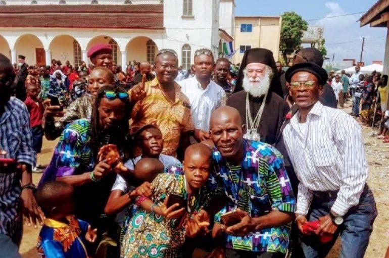Πατριαρχική Θεία Λειτουργία και Γιορτή Νεολαίας στην Ι. Μ. Γουινέας (ΦΩΤΟ)