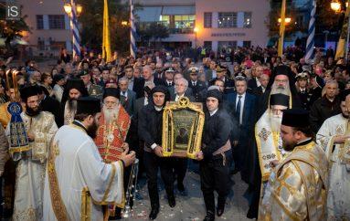 Με λαμπρότητα ο Βόλος υποδέχτηκε την Παναγία Σουμελά (ΦΩΤΟ)