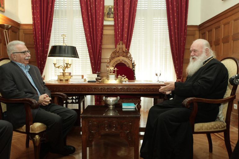 """Αρχιεπίσκοπος: """"Θα εξασφαλίσουμε τα δικαιώματα του Κλήρου"""" (ΦΩΤΟ)"""