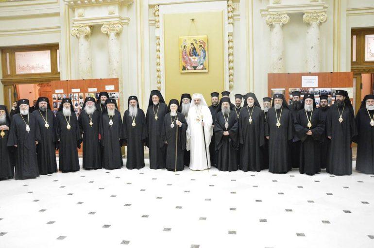 Ο Οικουμενικός Πατριάρχης στην Εκκλησία της Ρουμανίας (ΦΩΤΟ)