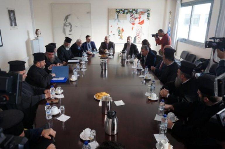 Σε θετικό κλίμα η συνάντηση Γαβρόγλου με εκπροσώπους κληρικών